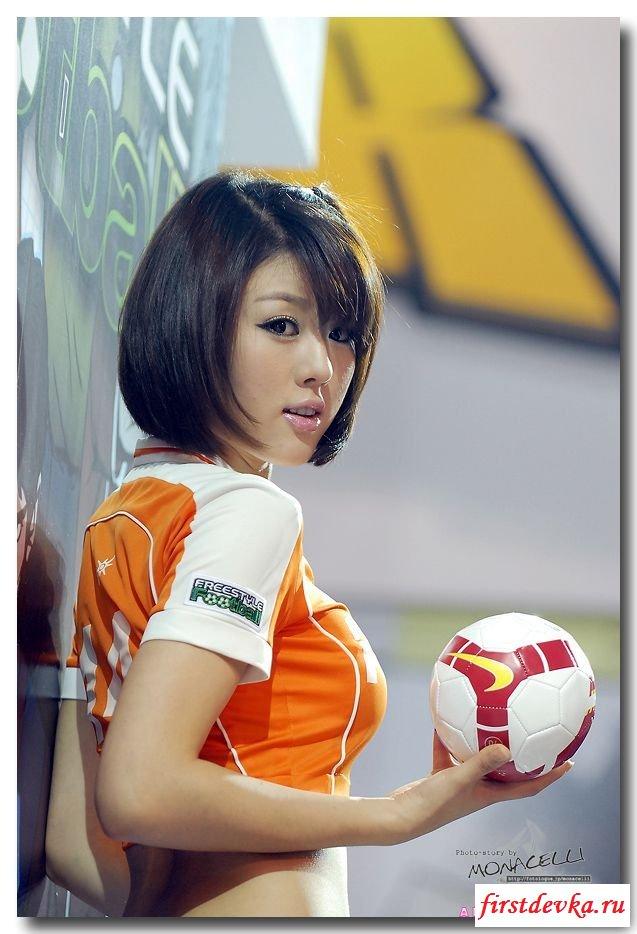 Гандболистка из Японии (21 фотография)