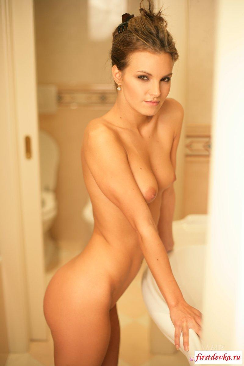 Супер принимает душ коллекция картинок для взрослых