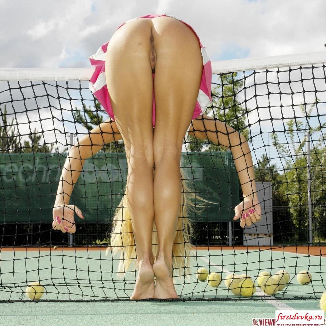 светловолосая теннисистка смотреть бесплатно