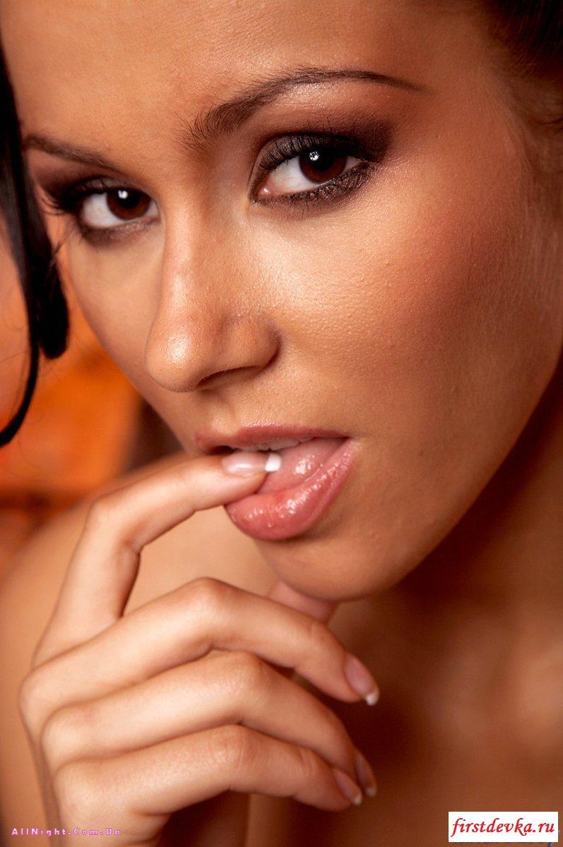 Дилдо девки снова спасает положение секс фото