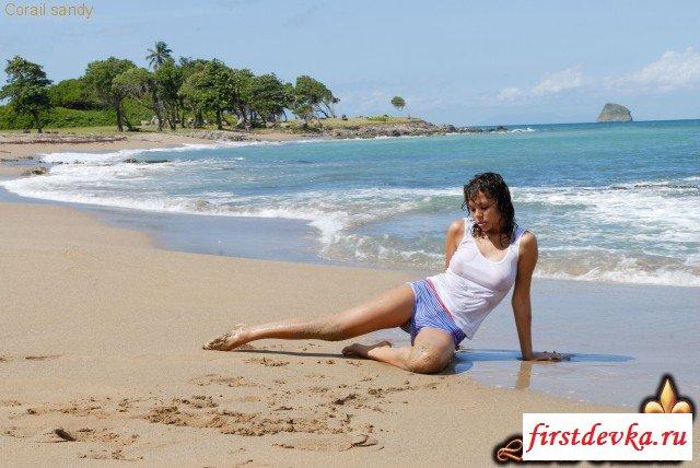 Чертовски изящная пляжная эротика