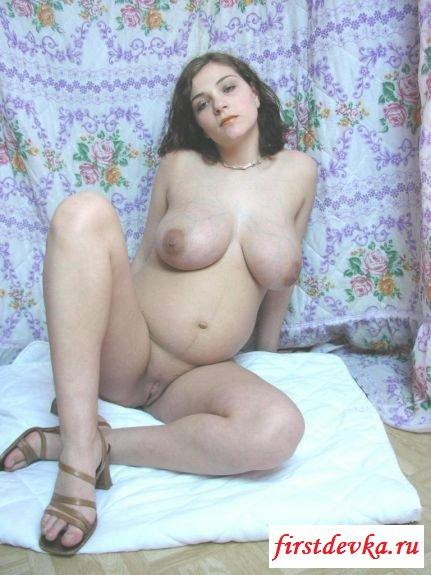 Частные снимки беременной крали