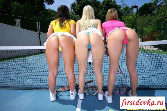 Восхитительные спортивные попки теннисисток
