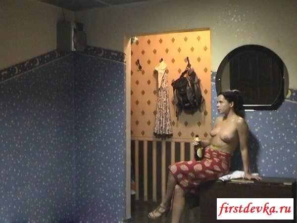 Порно видео зрелая тетя любит задрота