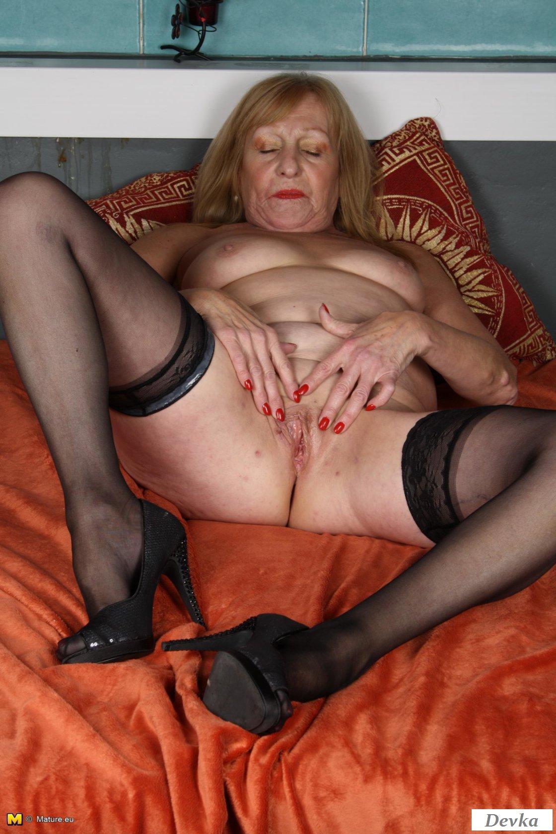 Порно Старые Голые Женщины