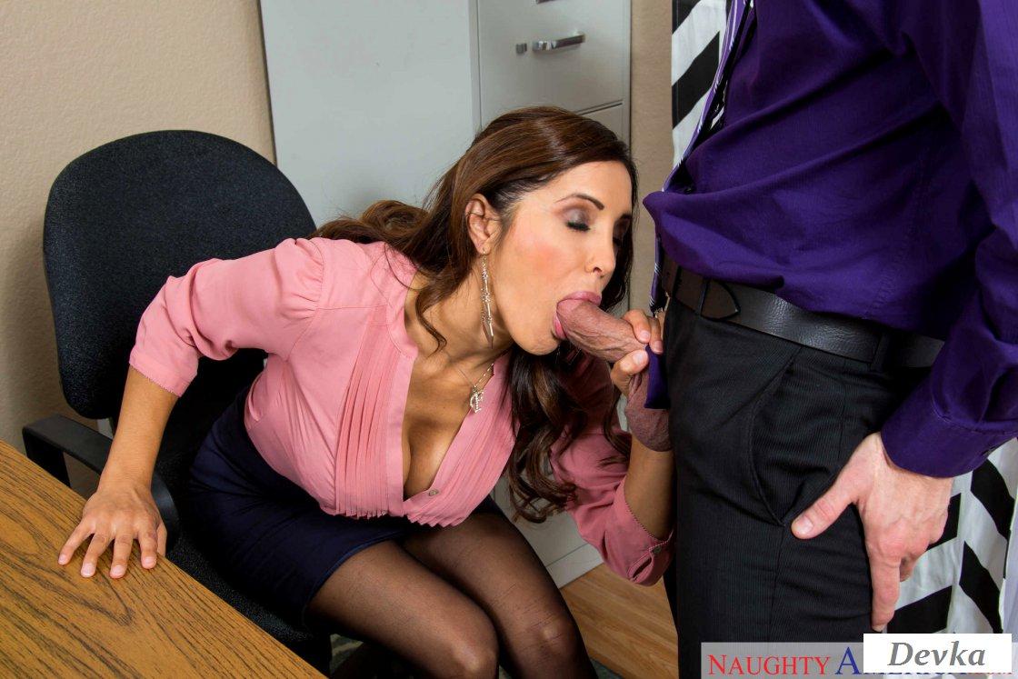 Free Porn Secretary, Office, Blowjob Pics